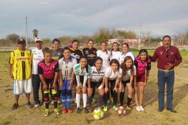 En esta 9ª edición de la Copa de Futbol Carlos Herrera, destaca la gran participación de equipos femeniles.
