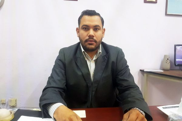 Héctor Iván Guajardo Zabaleta, director de la EST 54 Isaac Newton.