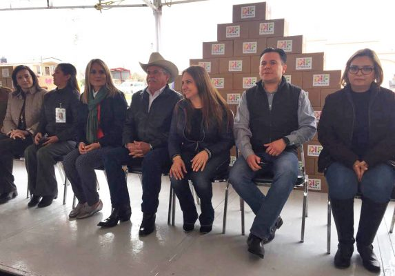 En Frontera se reunieron presidentas de DIF municipales con la presidenta del DIF estatal.