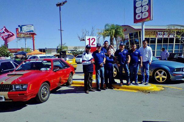 El Mustang Club Metrópoli Laguna estuvo presente en la exhibición del Día del Auto Antiguo.