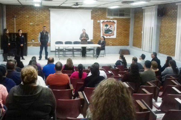 Personal de Seguridad Pública ofrece pláticas en escuelas