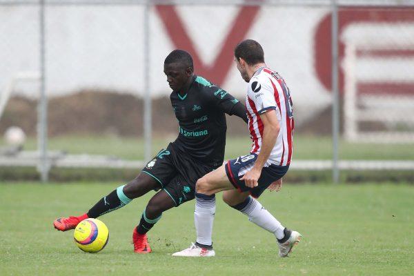 Edwuin Cetré, jugador que en la semana debutó en Copa.