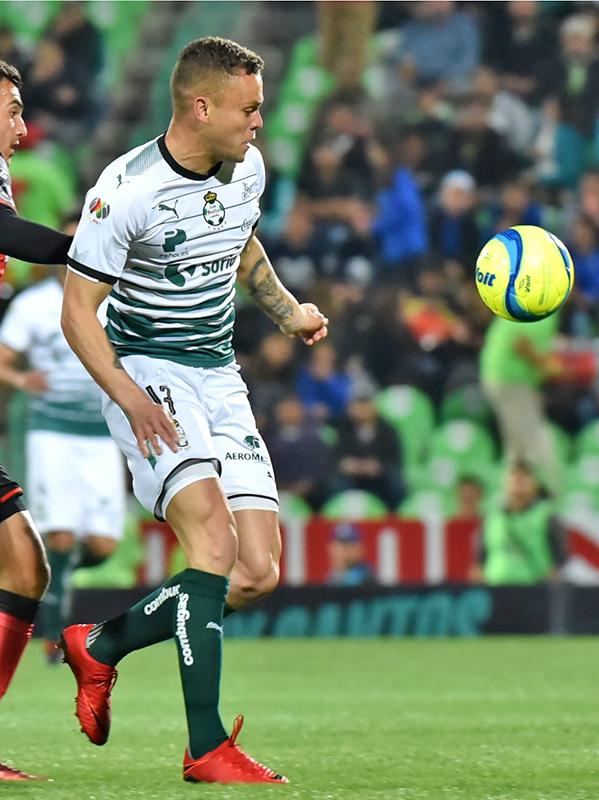 Jonathan Rodríguez tratará de anotar su primer gol para hacerle frente a las críticas de la afición.