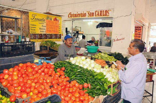 Caen ventas en el 'Donato Guerra'