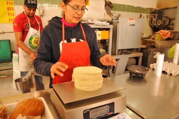 Piden precio a la tortilla