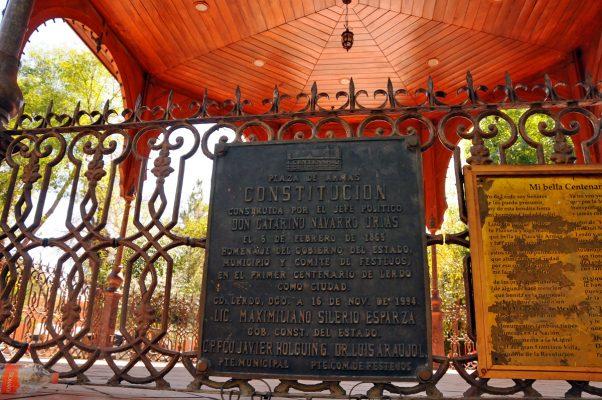 De acuerdo al padrón de edificios históricos por el Instituto Nacional de Antropología e Historia, el kiosco de la Plaza Principal forma parte del padrón al ser construido en 1896.