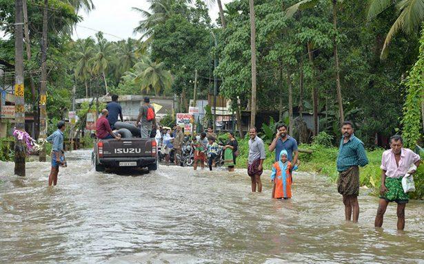 Suman 324 muertos por inundaciones en Kerala, India