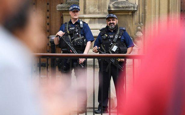 Autor del ataque en Londres no parecía radicalizado: líder religioso