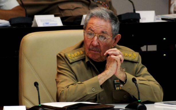 """Raúl Castro encabeza """"lista negra"""" de crímenes de lesa humanidad en Cuba"""
