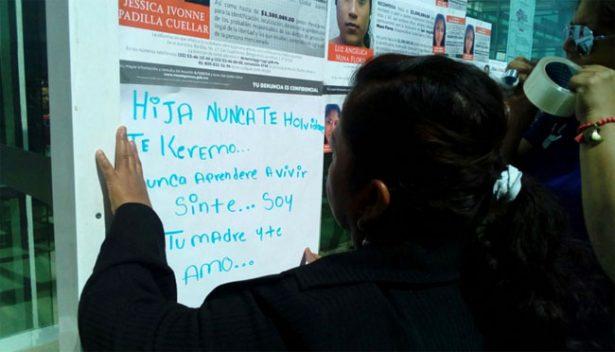Se movilizan madres de desaparecidos en Paseo de la Reforma
