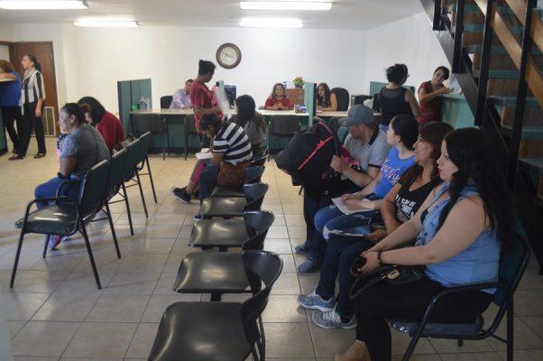 Inauguran oficinas del registro civil con serias fallas for Oficina registro civil