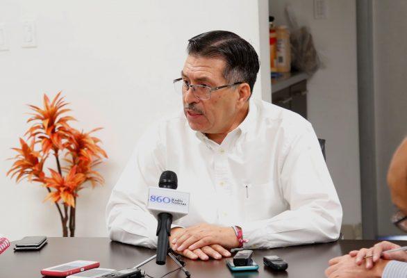Presentará Ramón Galindo registro; sigue sin renunciar