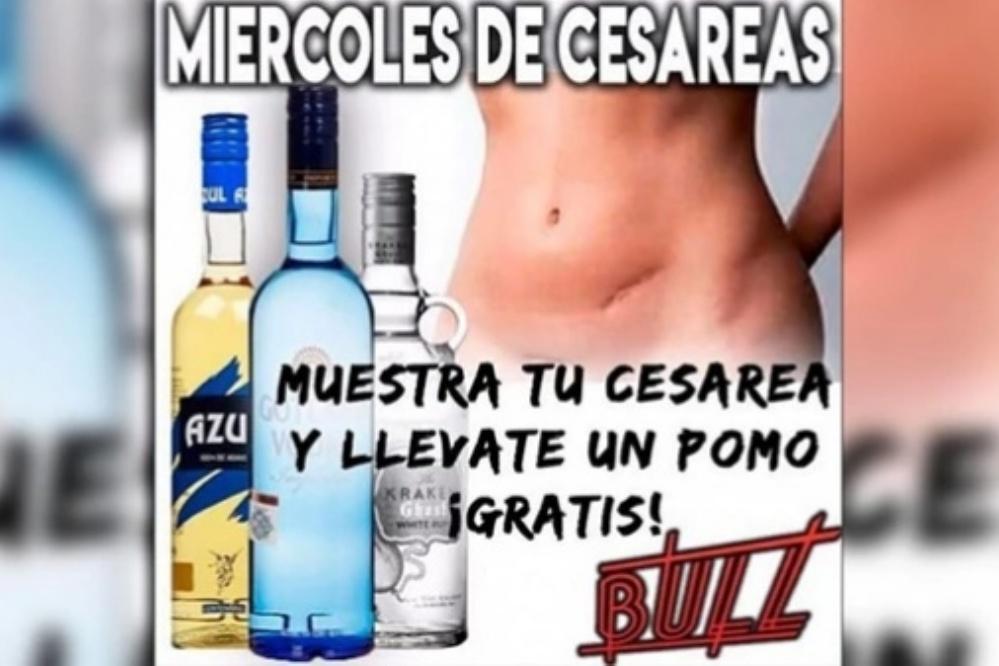 Bar promovió bebidas gratis a cambio de mostrar la cesárea