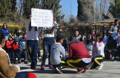 (Galería) | Maestros y niños en el Día de la no Violencia Escolar y la Paz