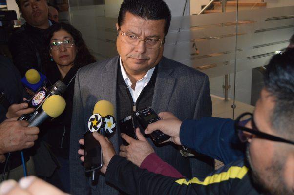 Justifica alcalde amparos de empresas contra el DAP