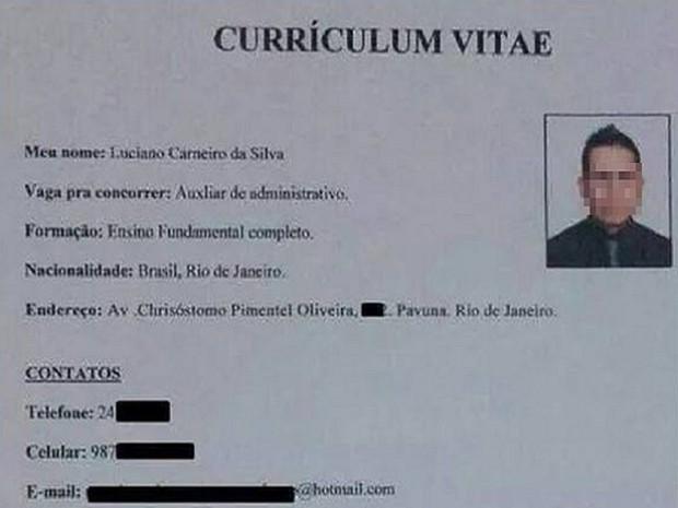 Pone ocurrente experiencia laboral a su CV