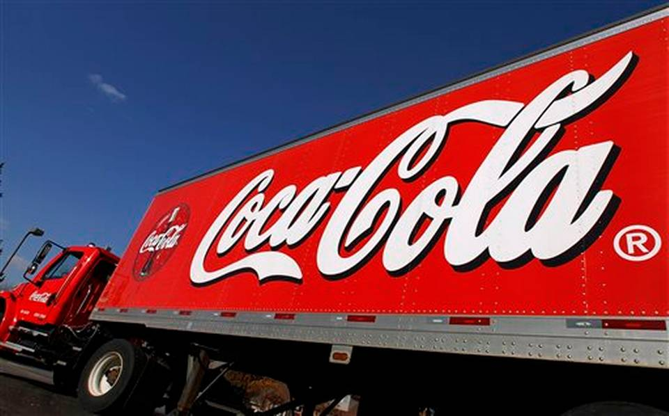 (VIDEO) | Como protesta 'al mal gobierno', saquean camión de la Coca-Cola