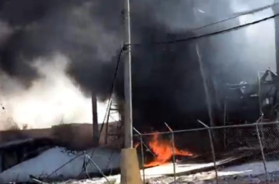 Controlan incendio en bodega de aceites