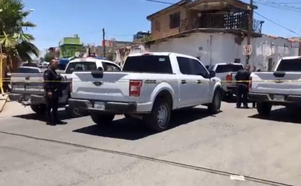 Otra masacre en media hora; asesinan a cinco en una peluquería