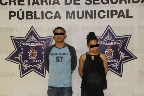 Arrestan a pareja que acuchillo a chofer de Uber