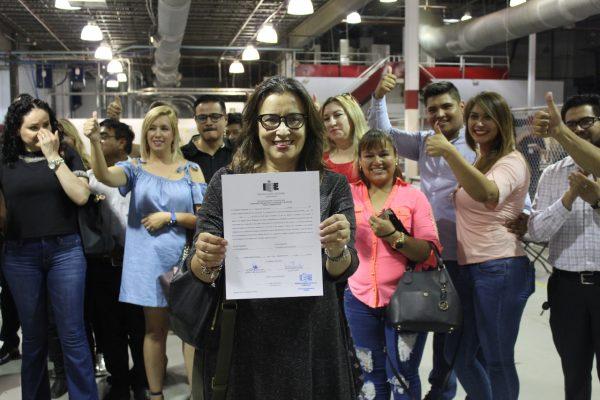 Entregan constancia de mayoría por la sindicatura a Leticia Ortega