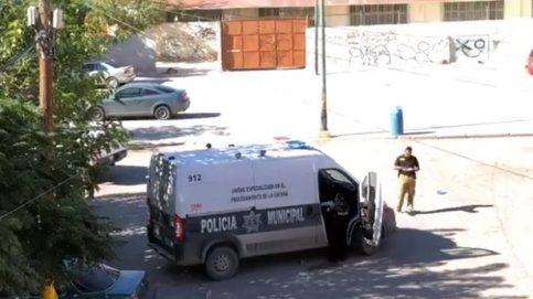 Atacan a pareja a balazos en zona donde dejaron a un decapitado