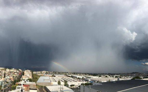 Fuertes lluvias, granizo y tormenta eléctrica en Chihuahua
