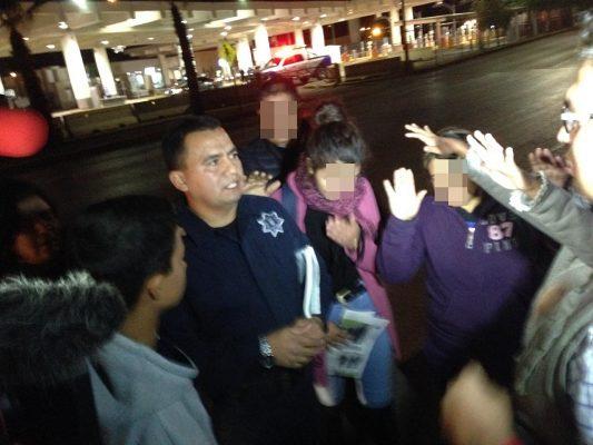 Policía que pidió asilo, denunciado por robo y abuso