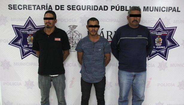 Presentan a agresores de policías