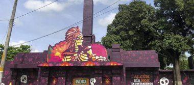 Cerveza Indio interviene panteón con arte alusivo al Día de Muertos