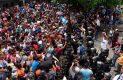 """Migrantes """"dan portazo"""" y cruzan la frontera con México"""