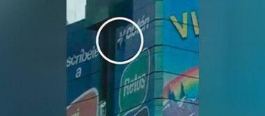 Captan momento exacto en que mujer se lanza de una torre en Veracruz