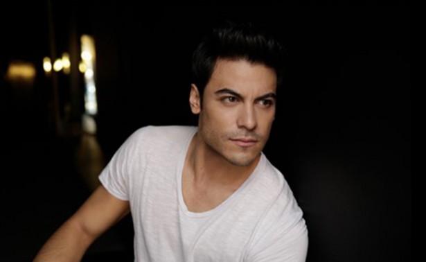 """Carlos Rivera, interpretará """"Recuérdame"""" para COCO"""