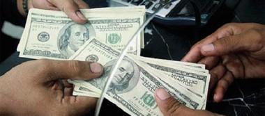 Dólar se vende en 18.77 pesos en promedio en terminal aérea capitalina