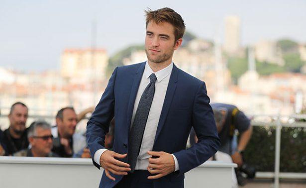 Captan a Robert Pattinson ¿en mezcalería de Oaxaca?