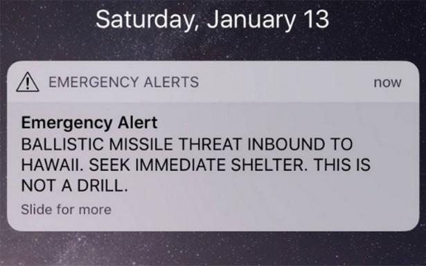 Hawai aterrorizado por falsa alerta de misil balístico que lo impactaría
