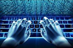 Combatirían niñas británicas delitos cibernéticos