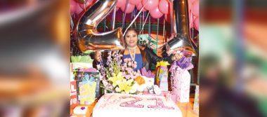 21 años de Lupita Cruz