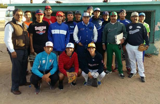 Selección de Beisbol de la categoría Junior que representará a La Paz en la eliminatoria estatal que se pondrá en marcha el viernes en Guerrero Negro. / El Sudcaliforniano