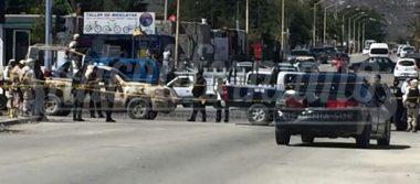 Hombre ejecutado en el interior de su auto en Los Cabos
