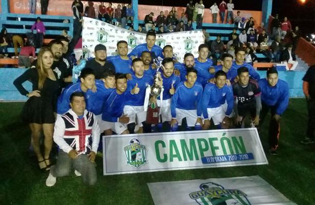 El equipo del Deporte Oriente es el flamante campeón del futbol de la Primera Especial. / El Sudcaliforniano