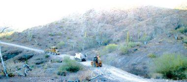 Servicios Públicos de Loreto, realiza mantenimiento en los caminos de acceso a las playas