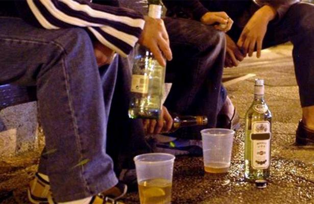 Desbordado el problema de adicciones entre los jóvenes