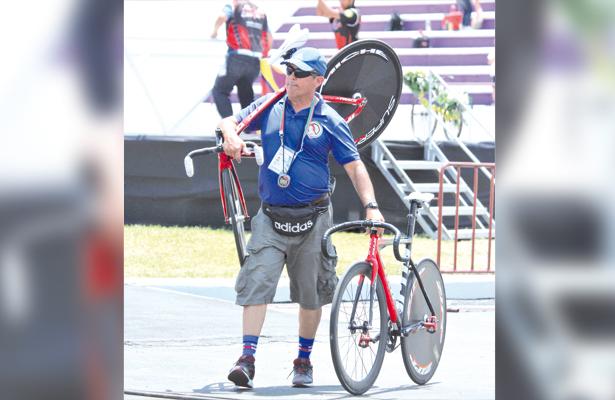 Importante la inclusión del entrenador de ciclismo Enrique Caraballo al Programa CIMA con miras al proceso olímpico. / El Sudcaliforniano