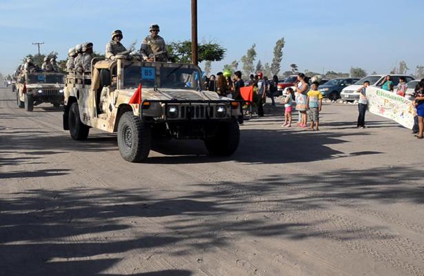 ¡Soldados del 17 Regimiento regresan a casa!