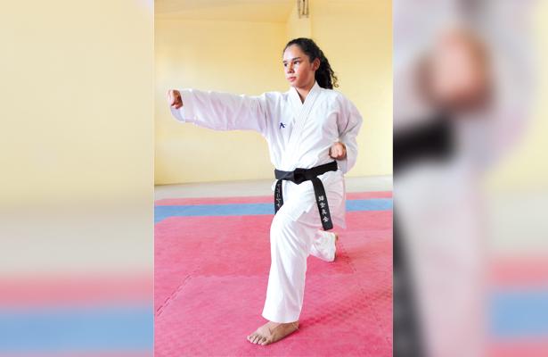 Se reportaron listos los siete karatecas que estarán tomando parte en el Panamericano de la especialidad en Argentina. / El Sudcaliforniano