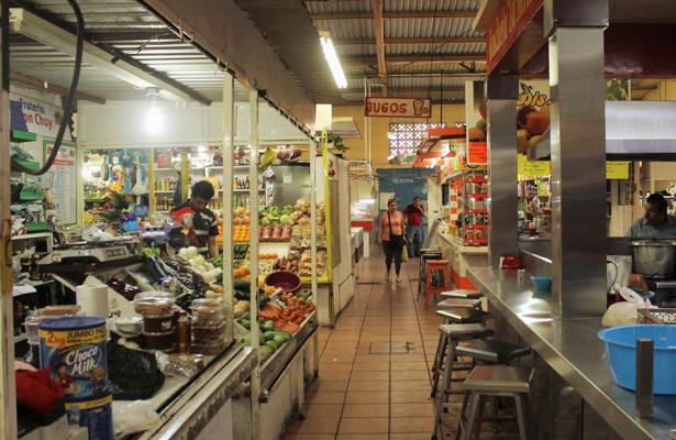 Mercado Bravo en el abandono por la autoridad municipal