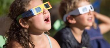 [Video] Algunos padres de familia critican la suspensión de clases por el eclipse