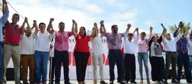 Es Gaby Cisneros nueva líder estatal del PRI
