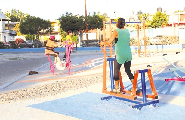 El Gobierno del Estado ha rehabilitado diversos espacios deportivos, esto con el propósito de que el Baja California Sur cuente instalaciones dignas para realizar actividades deportivas y de esparcimiento. / El Sudcaliforniano